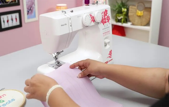 7 Amazing Tips for buying a sewing machine
