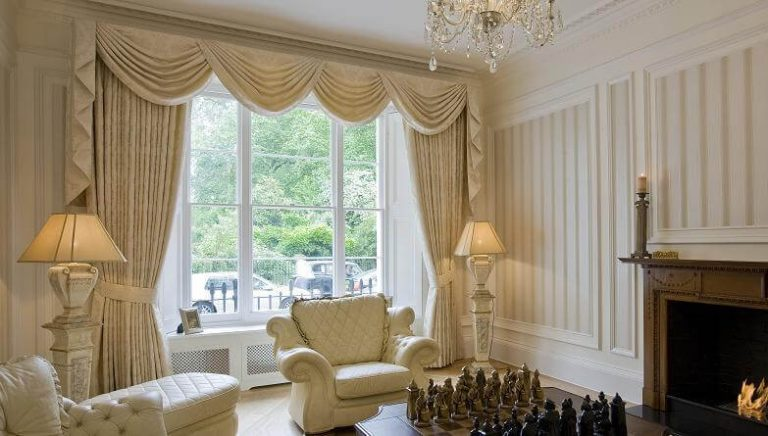 Designer Curtains To Make Your Living Room Stand-Out!